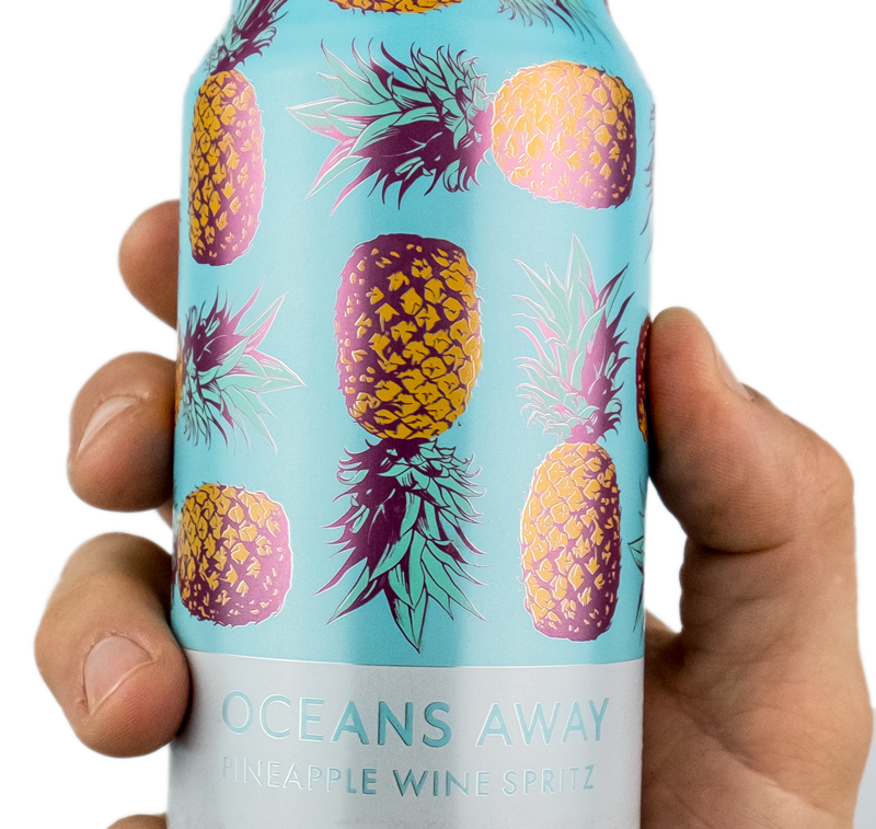 Oceans-Away-Pineapple-Spritz-caninhand-yes
